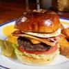 ザ・コーナー ハンバーガー&サルーン - メイン写真: