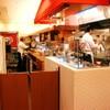大阪王将 - 内観写真:オープンキッチン。 ライブ感が伝わります。
