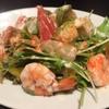 バールヴィータ - 料理写真:エビとアボカドのサラダ