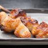 千鶏 - 料理写真:あっさり塩でいただく串焼きメニューは30種類以上