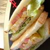 うみねこ - 料理写真:一番人気!!ベーコンエッグレタストマトサンド