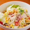 イタリアンダイニング マッシュルームプライム - 料理写真:彩り豊かな旬の野菜を味わえる『ベーコンシーザーサラダ』