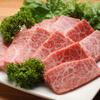 炭火焼肉 王 - 料理写真:たれの配合は企業秘密。醤油ベースの甘辛味です。