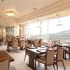 サンライズ食堂 - 内観写真:高台に立つ日当たりの良い店内