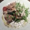 ルーチェ - 料理写真:鶏もも肉グリルとプチトマトの特製バジルソース