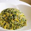 天厨菜館 - 料理写真:天厨菜館名物  ホウレン草のふわふわ炒飯