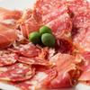 三笠バル ILCOVO - 料理写真:本日のイタリア産ハム盛り合わせ
