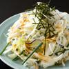 美舟 - 料理写真:てっぴサラダ