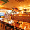 イカセンター新宿総本店 - 内観写真:カウンターでのご利用も可能です