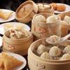南翔饅頭店 - 料理写真:上海豫園で100年の歴史を誇る小籠包専門店