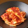 炭火焼ホルモン ぐう - 料理写真:ぐう名物「浅漬けキムチ」