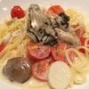 牡蠣Bar - 料理写真:牡蠣のクリームパスタ