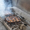 うな吉 - 料理写真:秘伝のタレに2回、3回と漬け込みながらじっくり丁寧に焼き上げていきます。