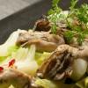 鉄板焼お好み焼 花子 - メイン写真:牡蠣と菜の花のバターしょうゆ炒め