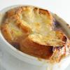 タテル ヨシノ ビズ  - 料理写真:絶品!「オニオングラタンスープ」
