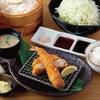 キムカツ - 料理写真:キムカツハーフ(1/2)と大海老フライ膳