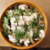ゴウ スタンド - 料理写真:ハーブのサラダブラウンマッシュルームまみれ