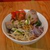 ベトナムダイニング ハノイのホイさん2(ハイ) - 料理写真:豚角煮とトマトのフォー