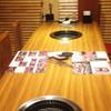 亜李蘭別邸 - 内観写真:小さなお子様連れでもゆっくりと座れるテーブル席もございます