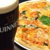 ダブリン - 料理写真:やっぱり人気のピザ!