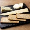 ブルー・ブリック・ラウンジ - 料理写真:チーズの盛り合わせ