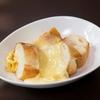 立呑みビストロ やまもと - 料理写真:ハイジでお馴染みラクレットチーズ♪この価格では食べれませんよ(笑)