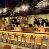 とろさば料理専門店 SABAR - 内観写真:ゆったりとお掛け頂けるカウンター。