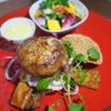 旬穀旬菜 - 料理写真:9月22日ランチ限定 南ぬ豚ハンバーガープレート