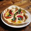 宇田川カフェ - 料理写真:焼き立ての「ピザマルゲリータ」。他にもピザは3種類あります。\680