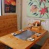 呑喜 - 内観写真:鉄板を囲めるテーブル席