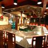 ビッグシェフ - 内観写真:店内奥にも大きなカウンターが…。鉄板カウンターは全部で55席!広々とした空間でゆっくりお楽しみ下さい。