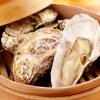 かき小屋フィーバー222 - 料理写真:お付きだしはプリプリの蒸し牡蠣