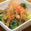 中華ダイニング 餃子屋台 - 料理写真:〔2017 春のおすすめ〕小柱と春野菜のサラダ 黒酢ドレッシング