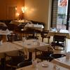 フランス料理ビストロやま - 内観写真:ビストロやま店内