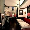 Restaurant LE MiDi - 内観写真:まるでパリの下町に迷い込んだ気分に…