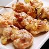 きた鳥 - 料理写真:生の知床地鶏のもも肉を使用した『鳥串(3本)』