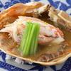 日本料理 晴山 - 料理写真:カニみそのソースが染みこんだ『越前カニの甲羅焼き』