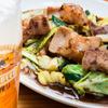 元祖赤のれん 節ちゃんラーメン - 料理写真:プリプリとした食感がたまらない『ホルモン炒め』