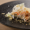 レヴォ - 料理写真:三杯酢の酸を思わせる、シードルを使ったソースでいただく『香箱蟹/アンディーヴ  -スミス- 』