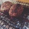 勘之丞 - 料理写真:炭火焼半生ハンバーグ