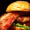 バーガーショップホットボックス - 料理写真:超厚切りモンスターベーコンバーガー!