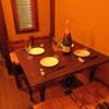 B-ONE - 内観写真:テーブル4名席