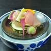 神楽坂 おいしんぼ - 料理写真:産直の鮮魚を捌きます
