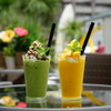 ウイラニ - ドリンク写真:抹茶カフェフラッペ マンゴーフラッペ