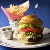 Serendipity 3 - 料理写真:ホイップクリームの形がキュートなバンズが特徴的なABC Burger(ABCバーガー)