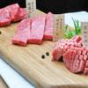 焼肉・ステーキ い志だ屋 - メイン写真: