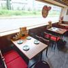 串むすび・琢 - 内観写真:外が見える開放的なお席