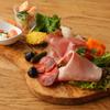 ステックフリット ガスパール ザンザン - 料理写真:自家製生ハムの盛合せ