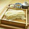 神楽坂 久露葉亭 - 料理写真:毎朝打ちたてでモッチリコシのある自家製細打ちうどん