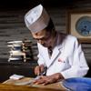割烹つづみ - 料理写真:ふぐを捌く島津氏